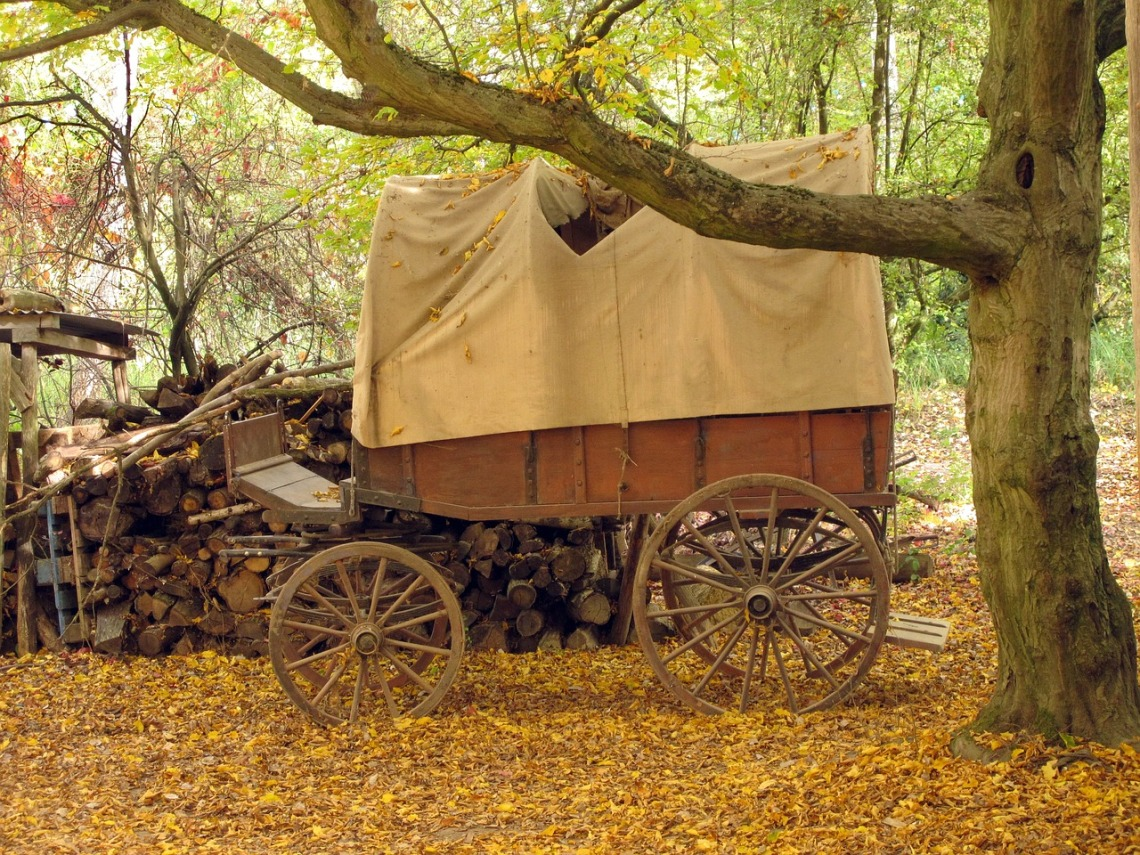covered-wagon-1675111_1280